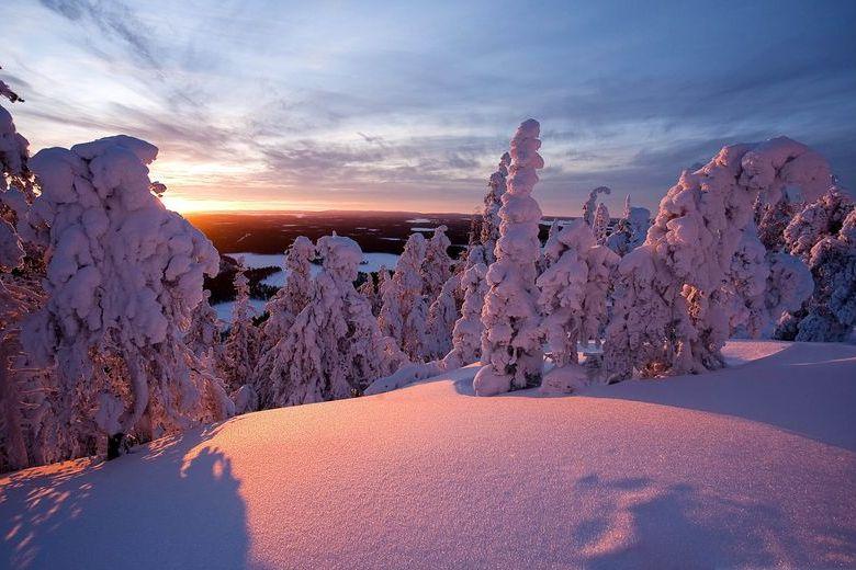 finland 780 × 520