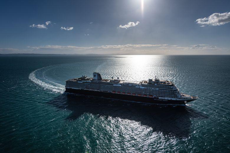 Holland America Line ms-Koningsdam Cruises 780 × 520